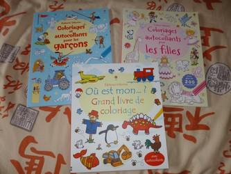 La ronde des livres coloriages usborne livre enfant manga shojo bd livre - Coloriage manga livre ...