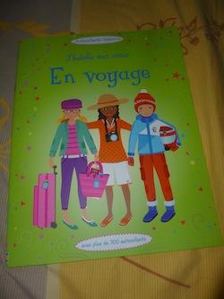 J'habille mes amies en voyage - usborne - Les lectures de Liyah