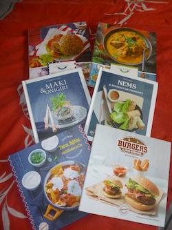 cuisine autour du monde livre enfant manga shojo bd livre pour ado livre. Black Bedroom Furniture Sets. Home Design Ideas