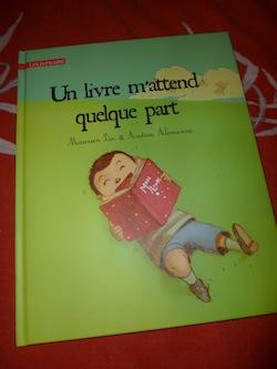 Un livre m'attend quelque part - Clochette - Les lectures de Liyah