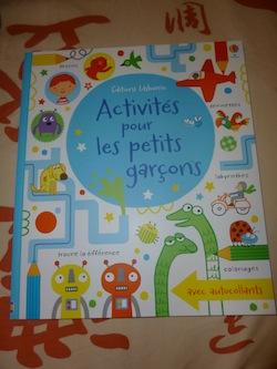 Activites pour les petits garcons - Usborne - Les lectures de Liyah