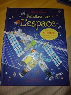 Fenetre sur l'espace - Usborne - Les lectures de Liyah