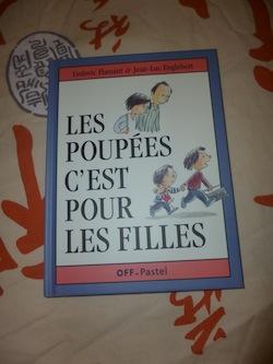 Livre pour enfants Les poupées c'est pour les filles - Pastel - Les lectures de Liyah