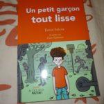 Un petit garcon tout lisse - Actes sud - Les lectures de Liyah
