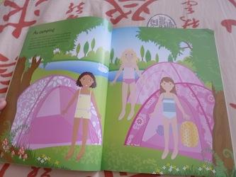 En vacances en voyage 1 - Usborne - Les lectures de Liyah