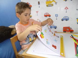 Premiers livres d'activités Adam - Larousse - Les lectures de Liyah
