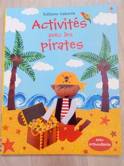 Livres d'Activités pirates - Usborne - Les lectures de Liyah
