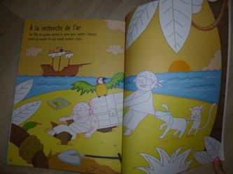 Coloriages et autocollants Pirates 2 - Usborne - Les lectures de Liyah