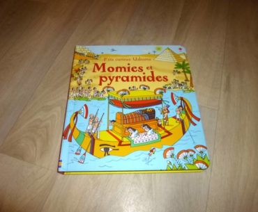 Livre pour enfant - Momies et pyramides