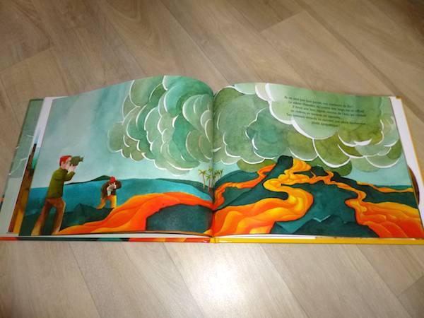 livre jeunesse - volcan 2