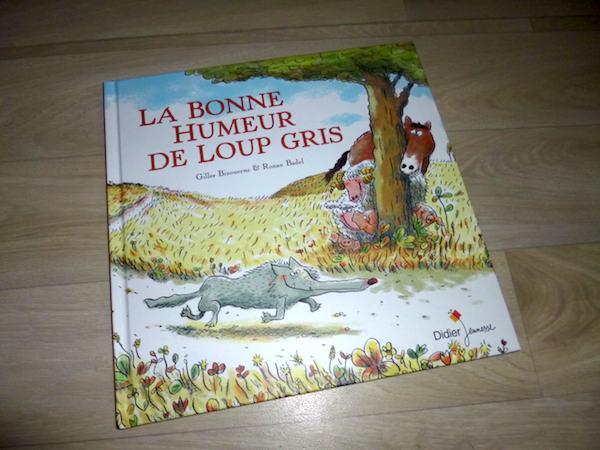 Histoire pour enfants Bonne humeur de loup gris