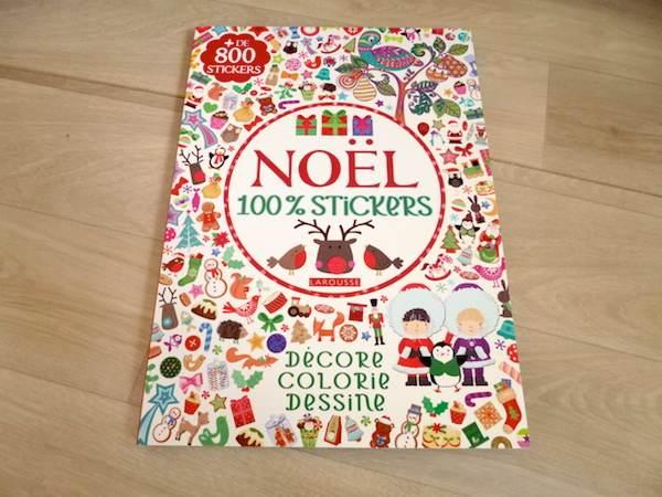 Livre d'activités Noel stickers