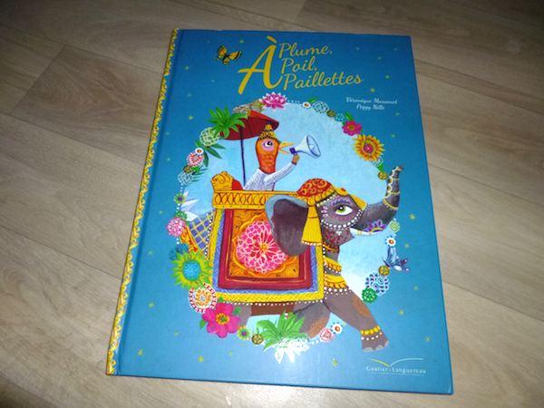 Livre pour enfants A plume a poil a paillettes