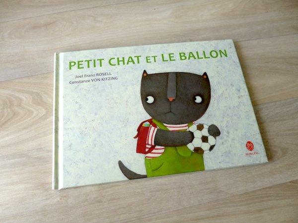 Livre pour enfants Petit chat et le ballon